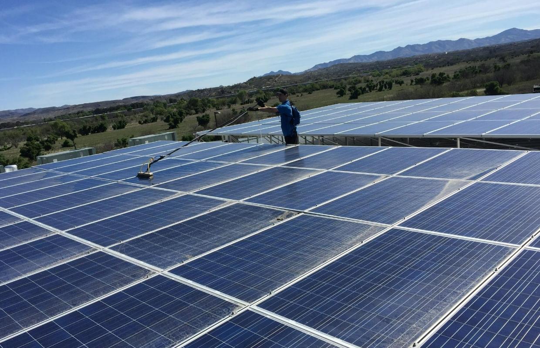 Shawn-Streakless-Window-Solar-Panels